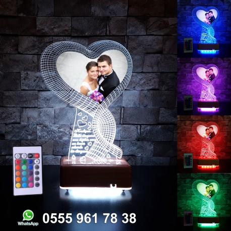 Resimli 3D LED LAMBA İSİMLİ KİŞİYE ÖZEL Fotoğraf Baskılı 3 BOYUTLU DEKORATİF LED LAMBA