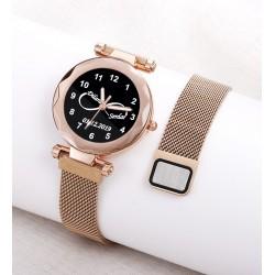 Rose Renk İsimli Bayan Saati Kişiye Özel Hediye