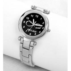 Beyaz Metal İsimli Bayan Saati Kişiye Özel Hediye